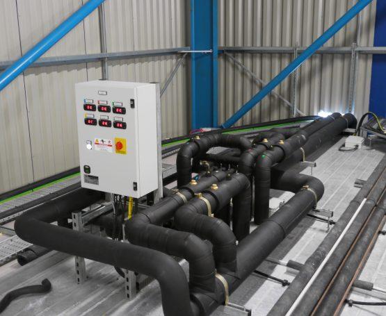 Blast freezer valve header station